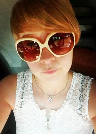 Солнцезащитные очки бежевые стрекозы