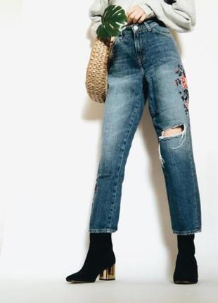 Н&м джинсы mom с вишивкой