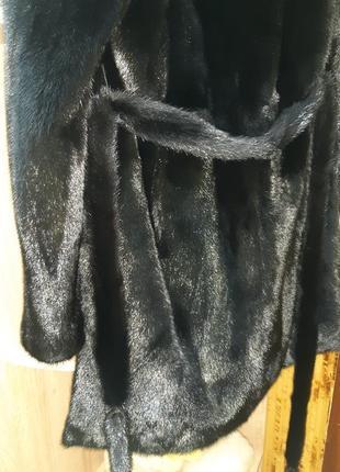 Норковая шуба с капюшоном.модель халат.греция.абсолютно новая.не дорого2 фото