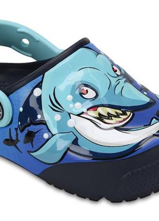 Тапочки сабо крокс crocs shark light-up 204133  новые оригинал