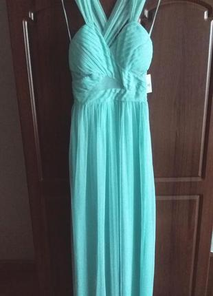 Элегантное платье мятного цвета