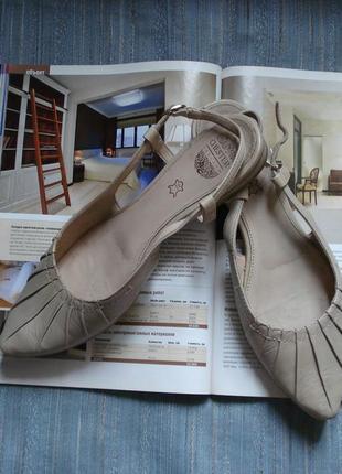 Чудесные туфли, макасины, мюли, балетки chester england р.39