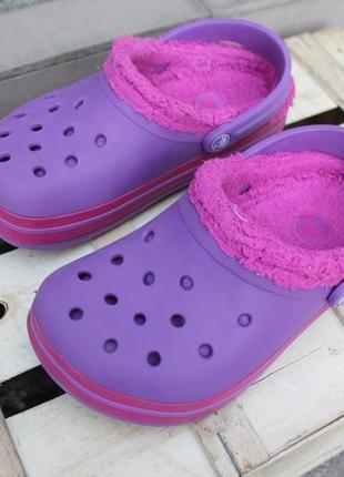 Необычные утепленные кроксы яркого цвета crocs аквашузы сабо сандалии размер j1 (32-33)2 фото