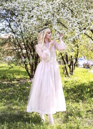 Дизайнерское  платье на особый случай свадебное платье
