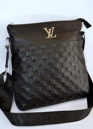 Мужская кожаная сумка через плечо  мессенджер планшет черного цвета