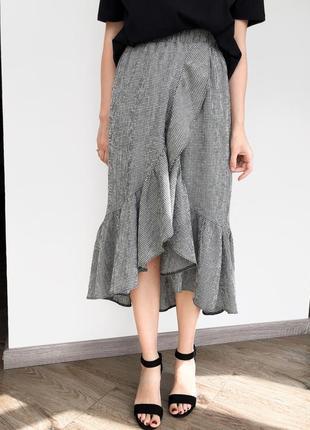 Новая юбка миди на запах с воланом