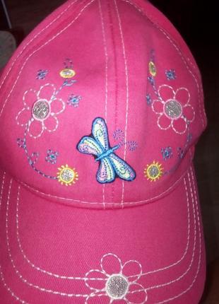Кепка розовая с вышевкой и бабочкой 49-50