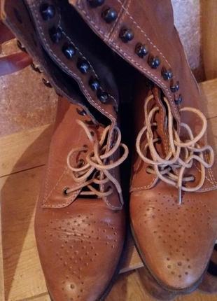 Ботинки или полусапожки zara