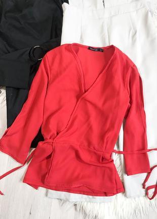 Красивая блуза на запах boohoo