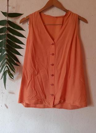 Легкий летний костюм из натуральной ткани