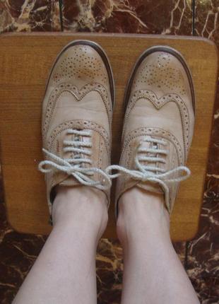 Туфли ботинки кожаные бежевые vera gomma италия