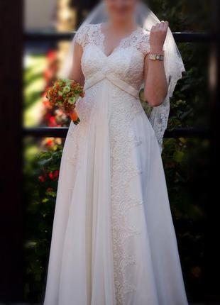 Свадебное шифоновое платье айвори а-силуэта с кружевом розшитое бисером