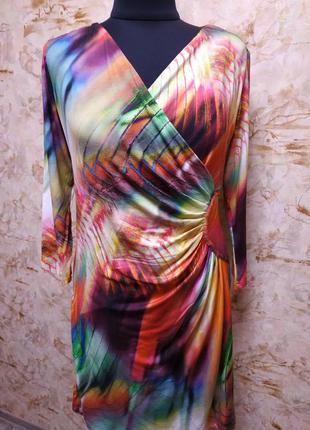 Яркое трикожное  платье, размер l