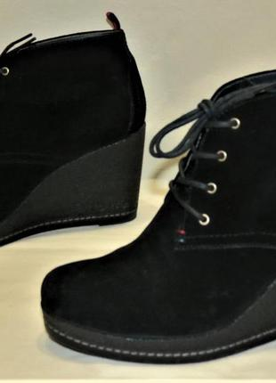 Ботинки женские tommy hilfiger 41 размер замша танкетка