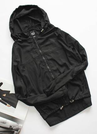 Черная ветровка куртка анорак на молнии свободная хс с 6 8
