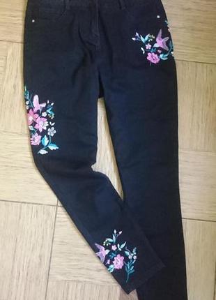 Красивык женские джинсы с вышивкой р.46/48 george
