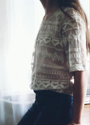 Кружевная футболка, блуза