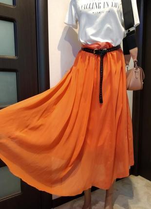 Шикарная тончайшая шелковая юбка макси коралловая