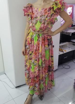 Яркое летнее платье epiffani