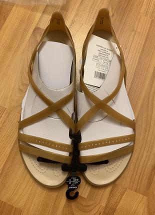 Золотистые удобные босоножки сандалии кроксы crocs isabella изабелла!