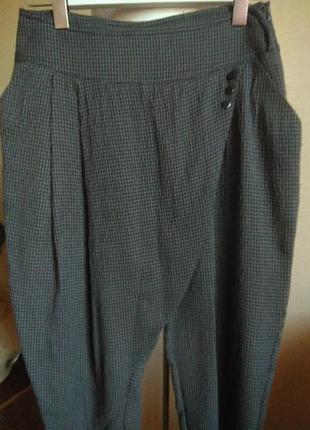 Женские брюки типа галифе, шаровары