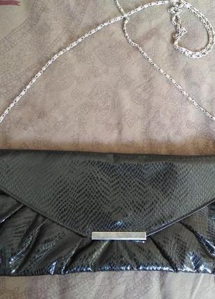 Модный клатч с тиснением под рептилию