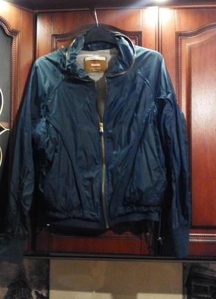Укороченная стильная курточка