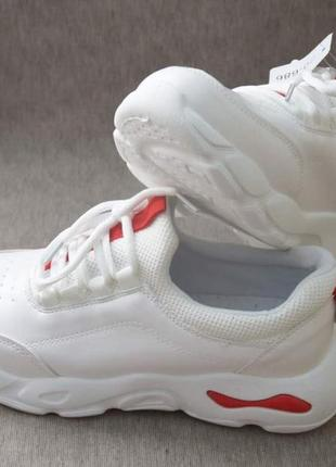 Качественные демисезонные кроссовки на высокой подошве белые6 фото