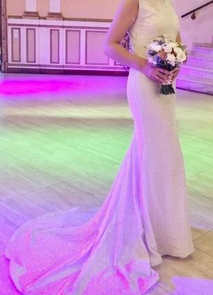 Плаття весільне.