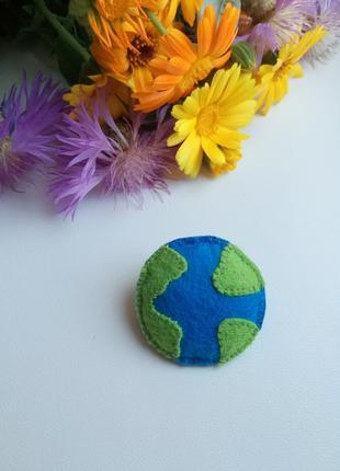 Брошь планета, брошка земля, еко брошь.