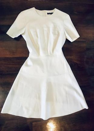 Белое платье кожзам zara
