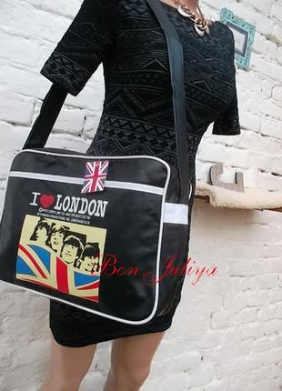 Классная молодежная сумка, новая, с биркой.