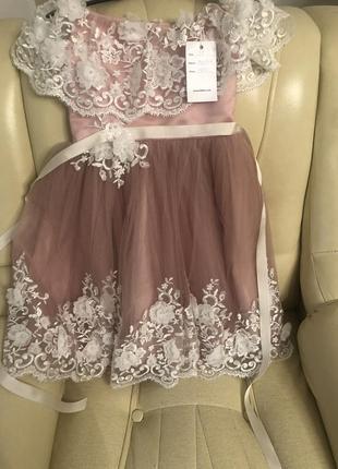 Неймовірно гарна сукня для вашої донечки