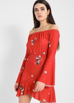 Missguided новое платье сарафан с цветами миди короткий открытые плечи