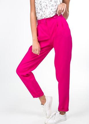 Розовые, малиновые брюки