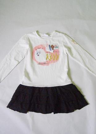 Модное платье с длинным рукавом италия 5-6 лет
