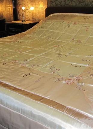 Двуспальное атласное стеганое покрывало pure opulence (англия),размер 250 х 270 см