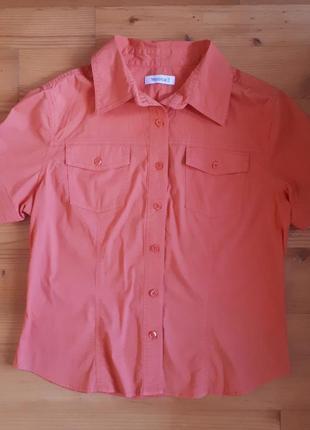 Рубашка оранжевого цвета с коротким рукавом