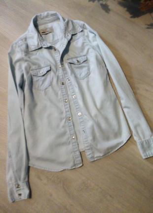 Брендовая рубашка джинсовая