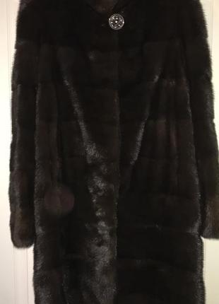 Шуба норковая с воротничком стоечка - цвет темный шоколад , распродажа