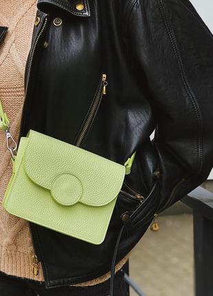 Новая! mini сумочка цвет lime натуральная итальянская кожа ручная работа