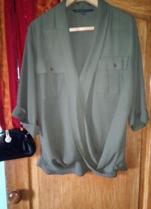 Яркая шифоновая блуза цвета хаки