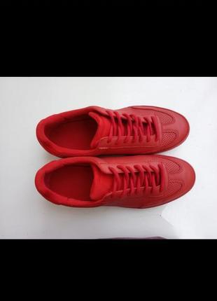 Zara кросовки
