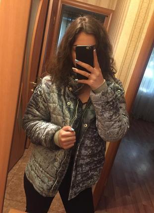 Трендовая велюровая куртка