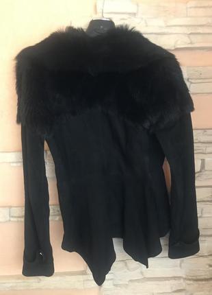 Замшевая куртка с меховым воротником2 фото