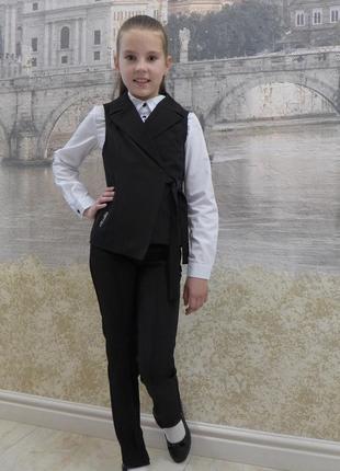 Школьный костюм, брюки и жилетка
