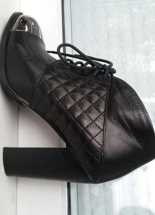 Ботинки демисезонные кожаные villador размер 38 стелька 25