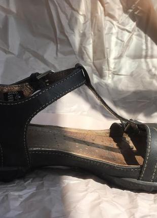 Супер зручні сандалі