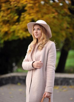 Модная, фирменная шляпка на осень