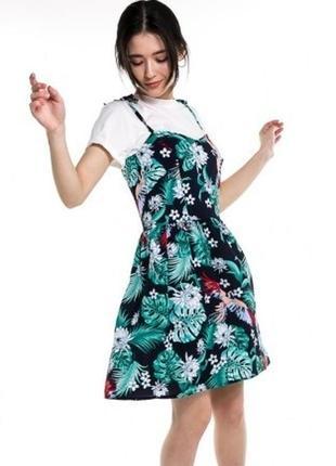 Комплект яркое платье сарафан с цветочным принтом и белая футболка 🌿